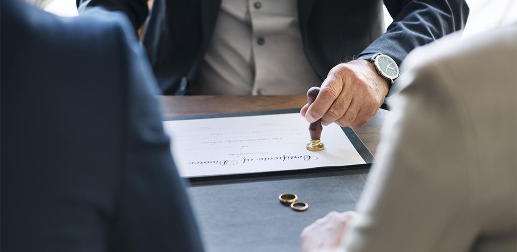 Understanding Iowa Alimony Laws